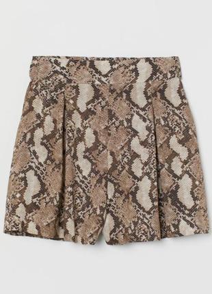 Лёгкие летние шорты h&m, свободные шортики на высокой посадке из вискозы, в трендовый змеиный принт питон, шорты юбка, юбка-шорты