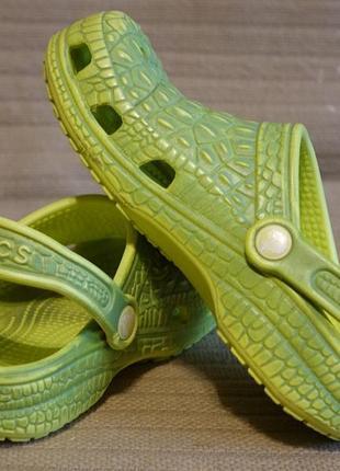 Симпатичные прочные салатовые шлепанцы - сабо под крокодила crocs сша j 3 ( 34 р.)