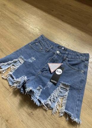 Крутые джинсовые шорты с рваностями потертостями s-m