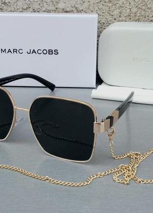 Marc jacobs модные женские солнцезащитные очки черные в золотом металле с цепочкой
