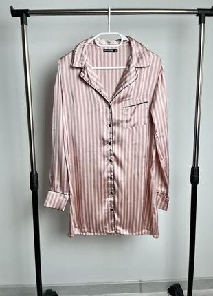 Красивая рубашка для дома и сна prettylittlething в стиле victoria's secret