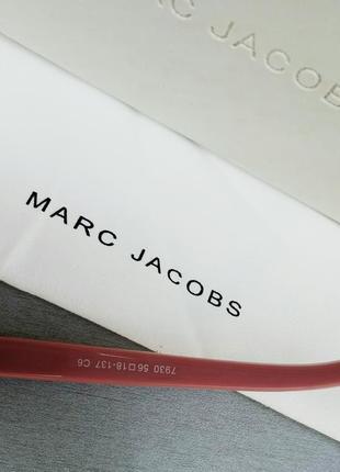 Marc jacobs модные женские солнцезащитные очки коричнево бордовый градиент в золотом металле с цепочкой7 фото