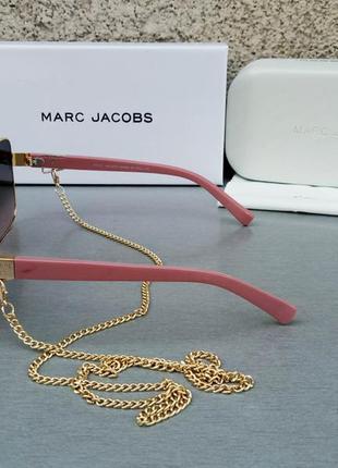 Marc jacobs модные женские солнцезащитные очки коричнево бордовый градиент в золотом металле с цепочкой3 фото