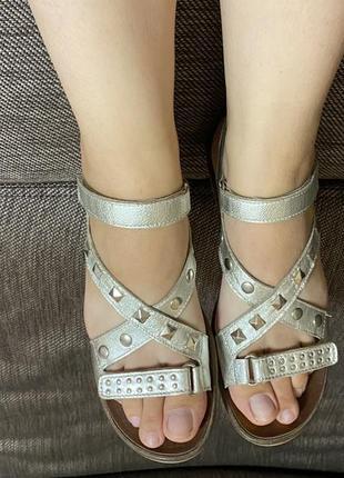 Італійські шкіряні босоніжки, сандалі жіночі