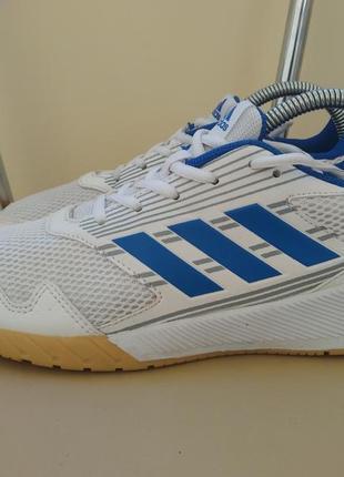 Кроссовки adidas 38,5 р., 24,5-25 см