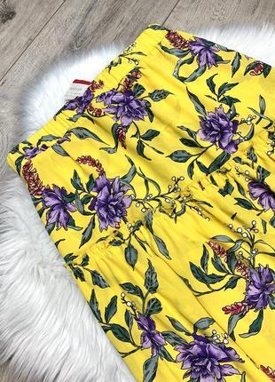 Яркая юбка асимметрия с цветочным принтом3 фото