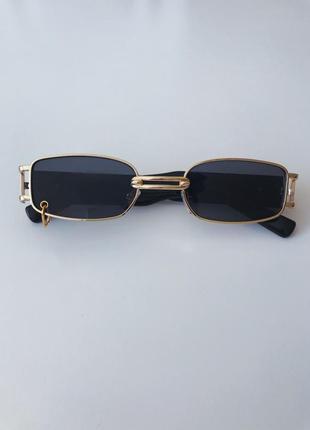 Винтажные солнцезащитные очки с колечком