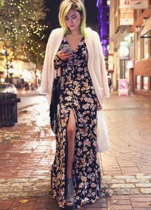 Платье длинное, цветочный принт, на пуговках