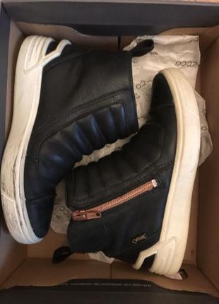 Ботинки ecco 30 размер шикарные!