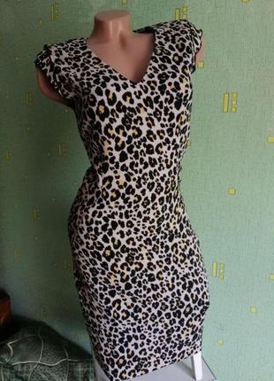 Платье h&m. крутое тигровое платье. стильное платье h&m в леопардовый принт. лео