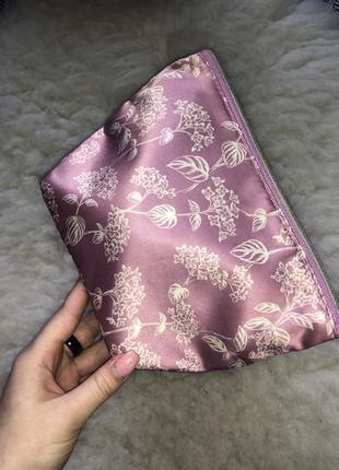 Атласная сатиновая большая вместительная косметичка принт цветы прованс