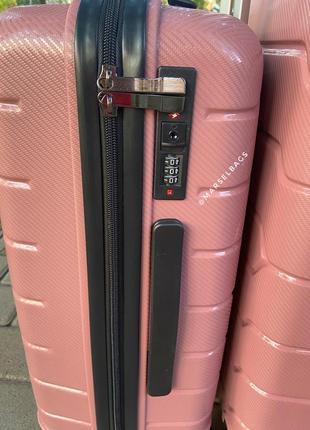 Качественный чемодан,валіза ,дорожная сумка ,надёжный ,двойные колеса,кодовый замок2 фото