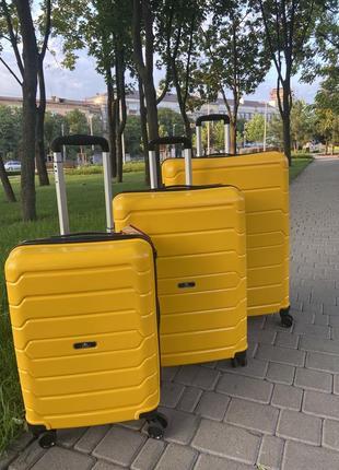Качественный чемодан!!!полипропилен ,дорожная сумка ,сумка на колёсах ,надёжный ,двойные колеса,кодовый замок6 фото