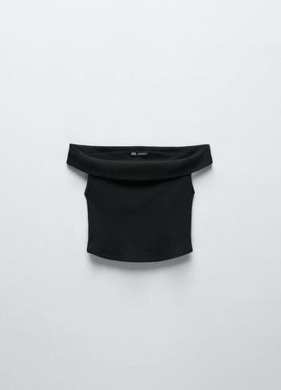 Футболка укороченная топ чёрная однотонная хлопковая в рубчик с открытыми плечами zara