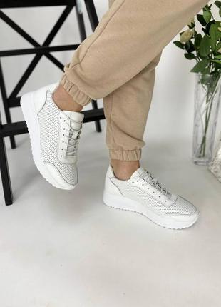 Распродажа!  женские кроссовки