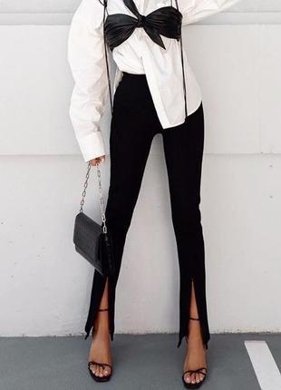 Черные брюки с разрезами штаны женские клеш