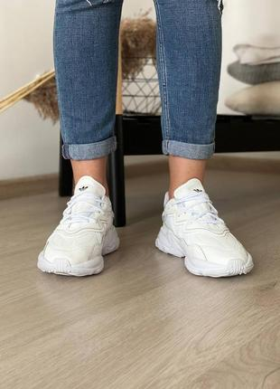 Кроссовки adidas ozweego white2 фото