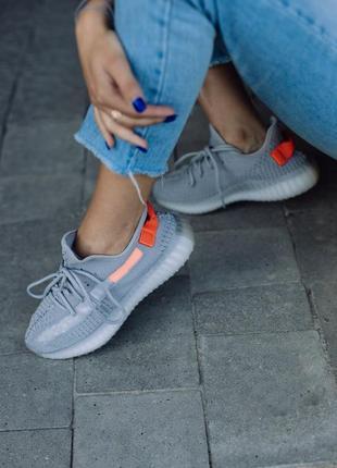Кросівки adidas yeezy boost 350 v2 tail light