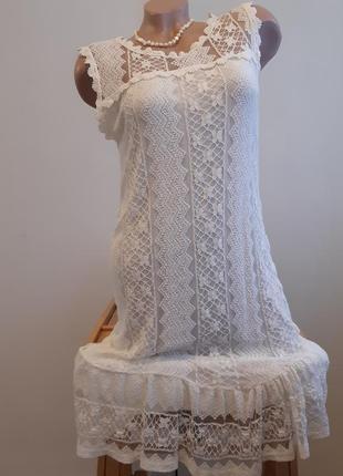 Гипьюрное платьице на подкладке, без рукавов, размер м