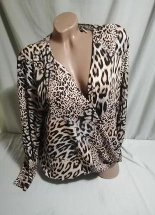 Блуза принт на запах2 фото