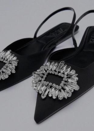 Туфли чёрные из новой коллекции zara