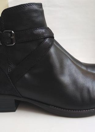 Демисезонные кожаные ботинки tamaris р.40
