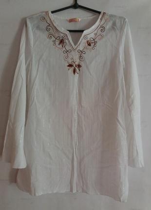 Красивая нарядная белая тоненькая блузка,туничка с длинным рукавом