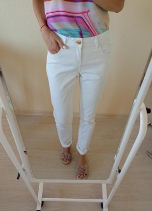 Белые джинсы esmara