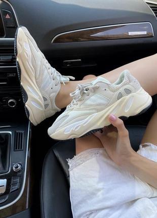 Женские кроссовки adidas yeezy 700 analog (36-41р)