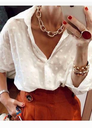 Белая в горошек блуза рубашка
