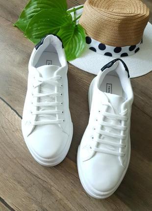 Кроссовки белые topshop, англия 40размер2 фото