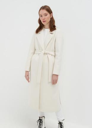 Базовое молочное пальто длинное s,m 42_44