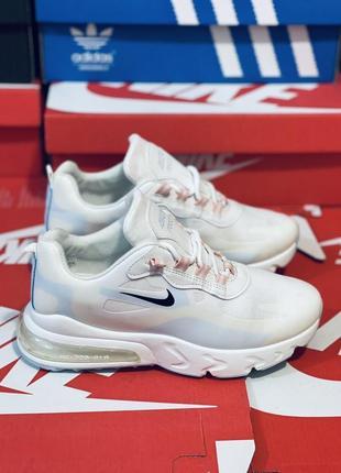 Кроссовки. много обуви!!!