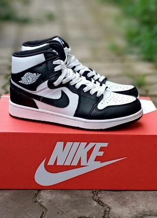 Женские кроссовки nike air jordan кожаные,черные, белые, высокие