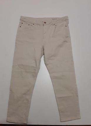 Фирменные стрейчевые джинсы слим