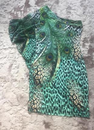 Плаття на одне плече