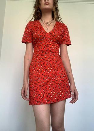 Квітчана сукня zara