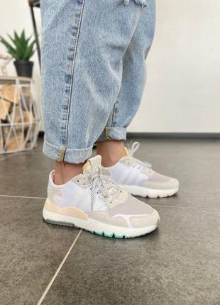 Женские кроссовки adidas nite jogger white clean mint ice pink