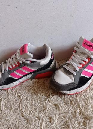 Зручна хода від adidas