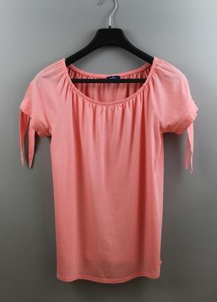 Стильна жіноча футболка бренду tom tailor