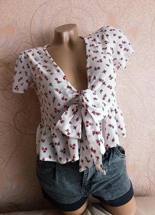 Летняя укороченая блуза, укороченый топ в цветочек