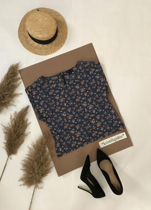 Лёгкая блузка топ в цветы размер xs. распродажа