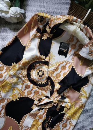 Стильное платье forever 21