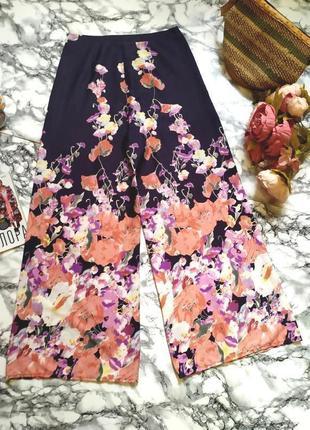 Красивые летние брюки палаццо в цветы размер м