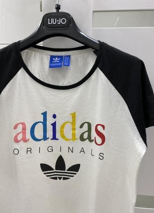 Стильная футболка м/l ❤️ при покупке от двух вещей скидка 🛍