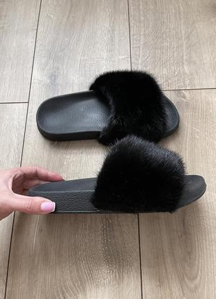 Чёрные норковые тапочки плюшевые шлёпанцы норка