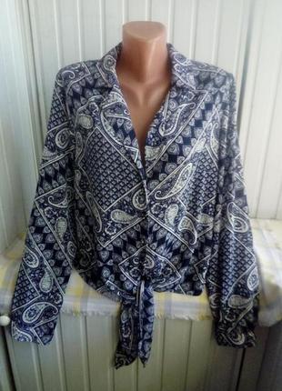 Модная блуза с завязкой впереди