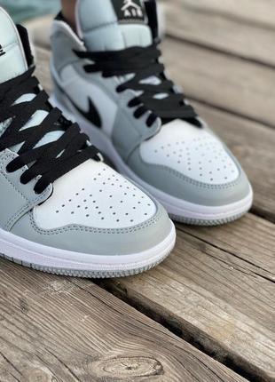 Nike air jordan gray кроссовки найк женские джордан обувь кеды2 фото
