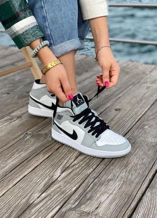 Nike air jordan gray кроссовки найк женские джордан обувь кеды9 фото