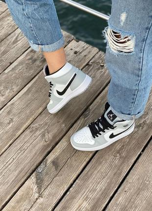 Nike air jordan gray кроссовки найк женские джордан обувь кеды6 фото